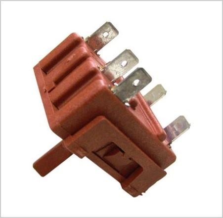 FUNCTION SWITCH: 6 position Rotary Switch